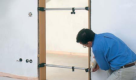 Распорка для установки дверных коробок TMS BESSEY TMS